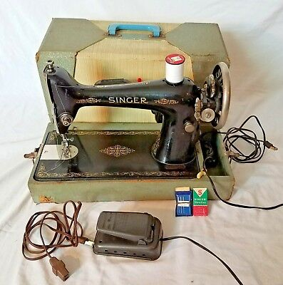 VINTAGE SINGER PORTABLE Electric Sewing Machine 4040 With Knee Best Vintage Singer Portable Sewing Machine