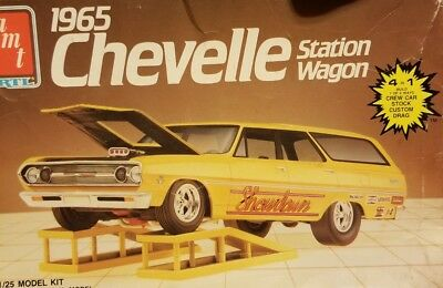 Amt 1/25 1965 Chevelle Stationwagon Car Work Ramps