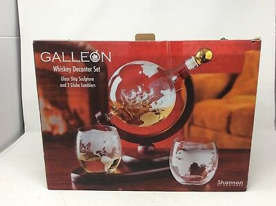Whiskey decanter globe set with 2 etched globe whisky glasses Liquor, Scotch