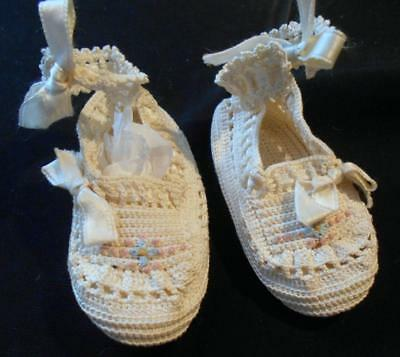 Vintage Hnd Md Infant Baby, Doll Booties White W/tiny Flower Ribbons Ankle Strap