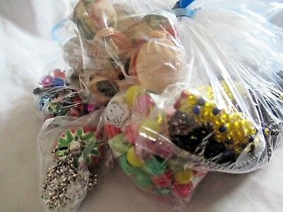 Pretty bundle job lot of costume jewellery 10 Bagged mixed lot 4