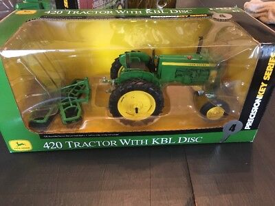 Precision Key #4 John Deere 420 Tractor With KBL Disc 1/16 Scale Diecast Toy