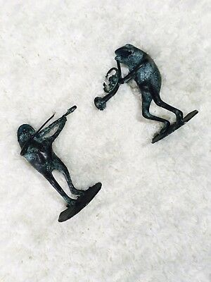 Metal Frog Figurine French Horn Violin On Lillypads Set of 2