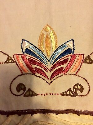 Antique Stickley Era Arts & Crafts Embroidered Table Runner Oatmeal Linen C 1915