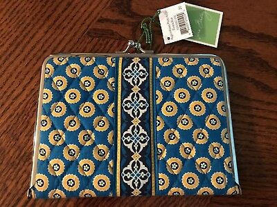 Vera Bradley NWT Hugs-n-Kisses Photo Holder Riviera Blue Portable Photo Album