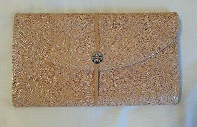 13 Pocket Check Size Expanding Wallet, Tan with Flower Design