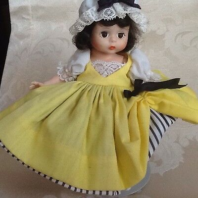 """MADAME ALEXANDER """"International Collection""""  FRANCE #590 8"""" poseable DOLL GUC"""