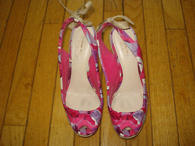 Coach Ladies Wedge Sandals Shoes Style= Maritza Size 7 1/2 B Great!