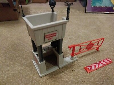 1985 GI//G.I Joe Checkpoint Alpha battle station LEG POST original part JTC 749C