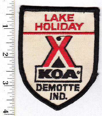 Demotte, Ind. Lake Holiday KOA Campground Embroidered Patch...#169t