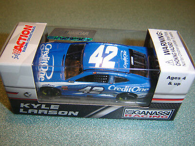 2018 Kyle Larson #42 Credit One Bank 1/64 Nascar Diecast New In Stock Free Ship
