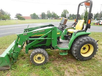 John Deere 4310 tractor w 430 loader. 31 horsepower. 27 hp at PTO 3 pt hitch