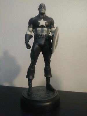 Newsreel Captain America #63 of Only 300