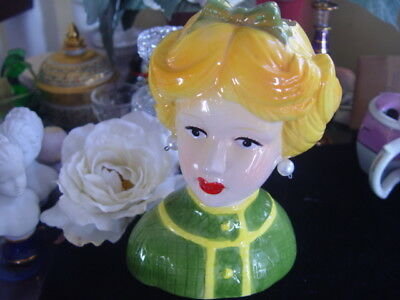 PRETTY LADY HEAD VASE - Green Bow