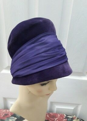 vintage 1950s 1960s Formal hat size S /54 cm dark purple  it's beautiful hat