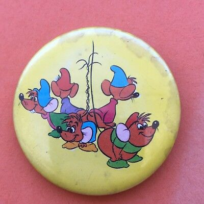 Vintage Walt Disney Film The Rescuers Pin Badge NOTE CONDITION