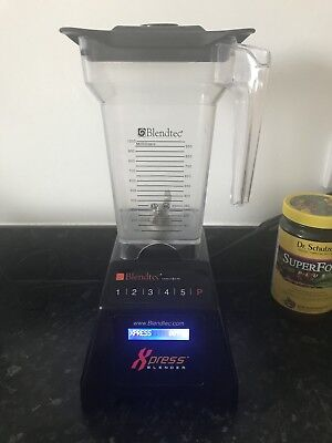 Blendtec Blender complete with the jug and lid only 973 cycles done ( home use)