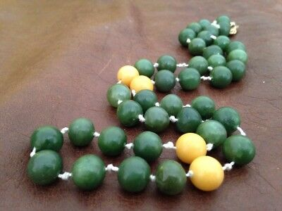Antique Chinese Spinach And Rare Yellow jade jadeite  bead necklace