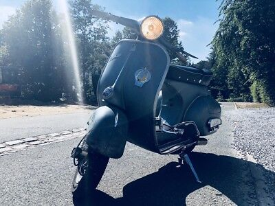 Vespa 1961 vintage restauration exclusive (125cc) VBB 1T