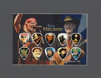 Willie Nelson Matted Picture Guitar Pick Set Limited Blue Eyes Crying