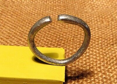 Old Silver Men Ring - Temporal Scythian-Sarmatia 7-3 th Century B.C. ( 5.6 gr )