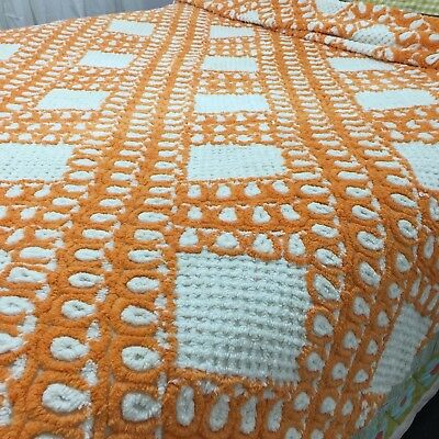VINTAGE Candlewick BEDSPREAD Chenille QUILT 50's PLUMP 60's 70's FUN