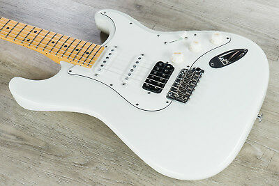 Suhr Classic S Electric Guitar HSS Maple Fingerboard Olympic White w/ Gig Bag