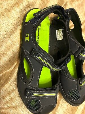 9e737c46b9279 CHAMPION KIDS Closed Toe Sandals Shoes Size 6 pre owned -  8.99 ...