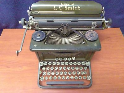 Antique 1930's L.C. SMITH & CORONA SECRETARIAL TYPEWRITER 8 - 12 in.