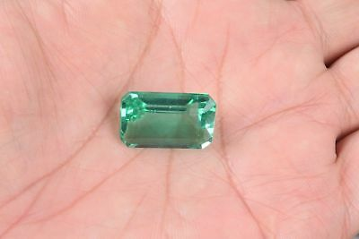 Lab Created 16.85 Ct Emerald Shape Colombian Emerald Loose Gemstone for Pendent