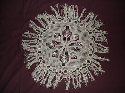 #539 Beautiful Vintage Handmade Tablecloth  80cm(31.5'')