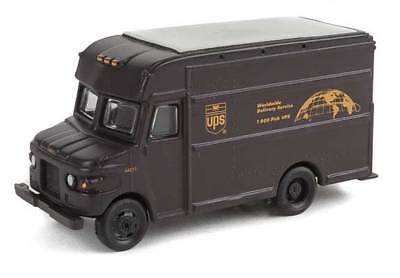 14000 Walthers SceneMaster UPS Package Car Brown Truck Bow Tie Shield logo HO