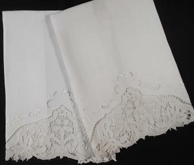 2 Vintage White Linen Guest Hand Towels Hand Done Italian Needle Lace & Wht Work
