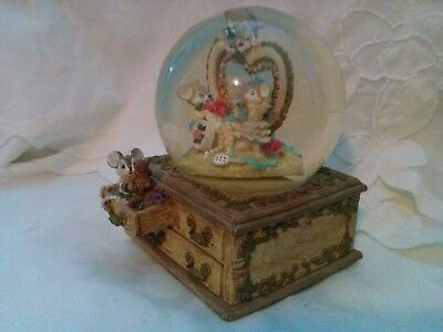 """Vntg San Francisco Music Box  Globe """"These are a Few of My Favorite Things"""""""