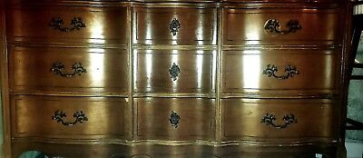 French Provincial Style 9 Drawers Cherry-Mardi Gras-Bassett industries inc.