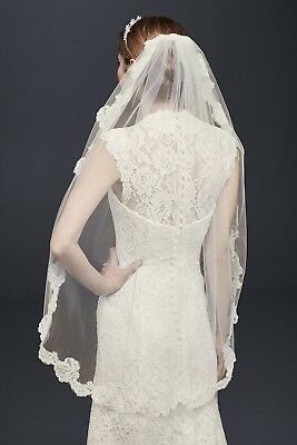 Davids Bridal veil Fingertip Veil with Pearl Embellished Alencon Lace, 40 inches