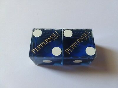 Peppermill Hotel-Casino Reno,nv **********matched #d Pair Of Blue Dice**********