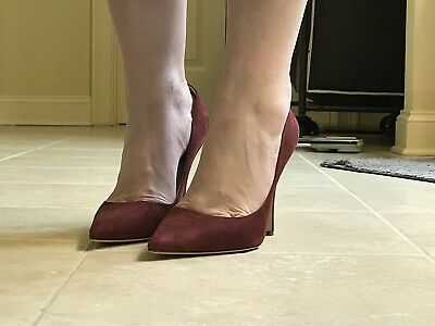 0b4530d4f450 NEW KATE SPADE Licorice Pumps In Burgundy Suede Size Nine 1 2 9.5 ...