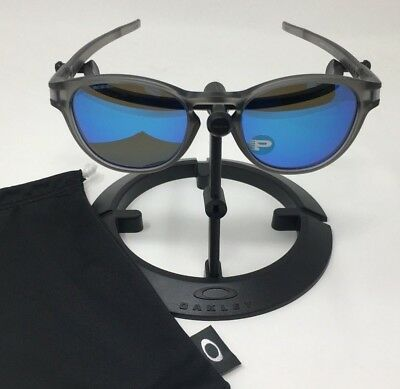 073ecc62b3 Oakley Sunglasses Latch OO9265-08 Matt Grey Ink Sapphire Iridium Polarized