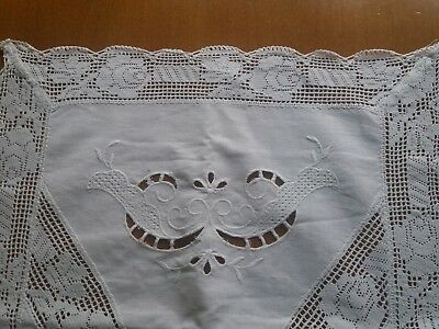 ANTIQUE Vintage HAND MADE Filet Lace Cotton Tablecloth Hand Embroidered Cutwork
