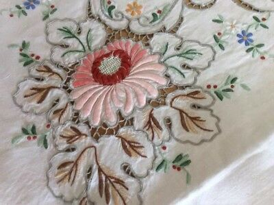 Vintage Irish Linen Tablecloth & NapS w/ Color Padded Embroidery Needlelace