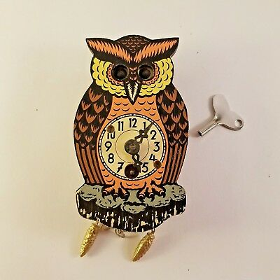 "Albert Schwab Owl Clock Small 6"" Plastic Karlsruhe Germany Needs Work Vintage"