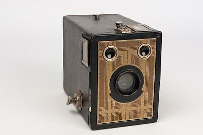 kodak  Brownie Junior Six 20  art-deco/ Box Camera