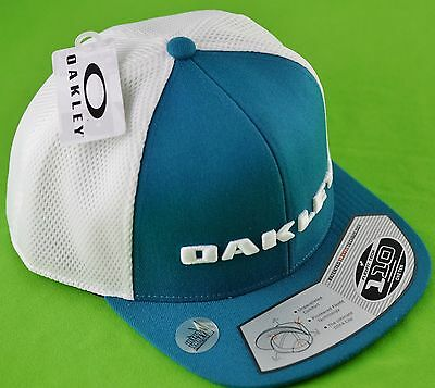 04900ea043b Oakley Snap Back Aurora Blue Flexfit Tech Cap with Adjustable Comfort Fit