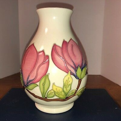 Moorcroft, Magnolia Pattern, signed on the bottom, Made in England