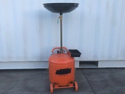 Oil drainer,under hoist waste oil drainer 40 Litre, air to empty    (OD40O)