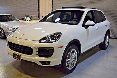 2016 Porsche Cayenne Premium Package 2016 Porsche Cayenne AWD Carrara White Metallic FACTORY WARRANTY ONE OWNER
