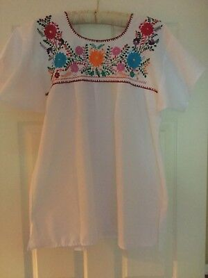 Reduced!  Mexican Embroidered Peasant Top NEW