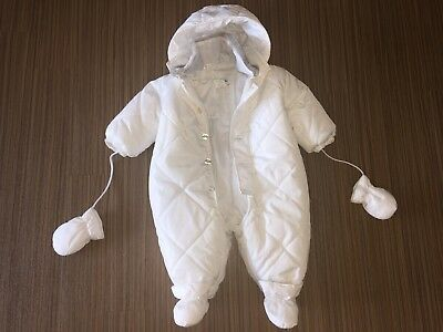 Worn once Baby Dior CHRISTIAN DIOR white snowsuit 6M