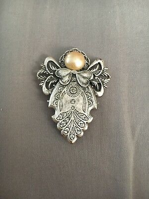 Jane 1999 Angel Pin Broach